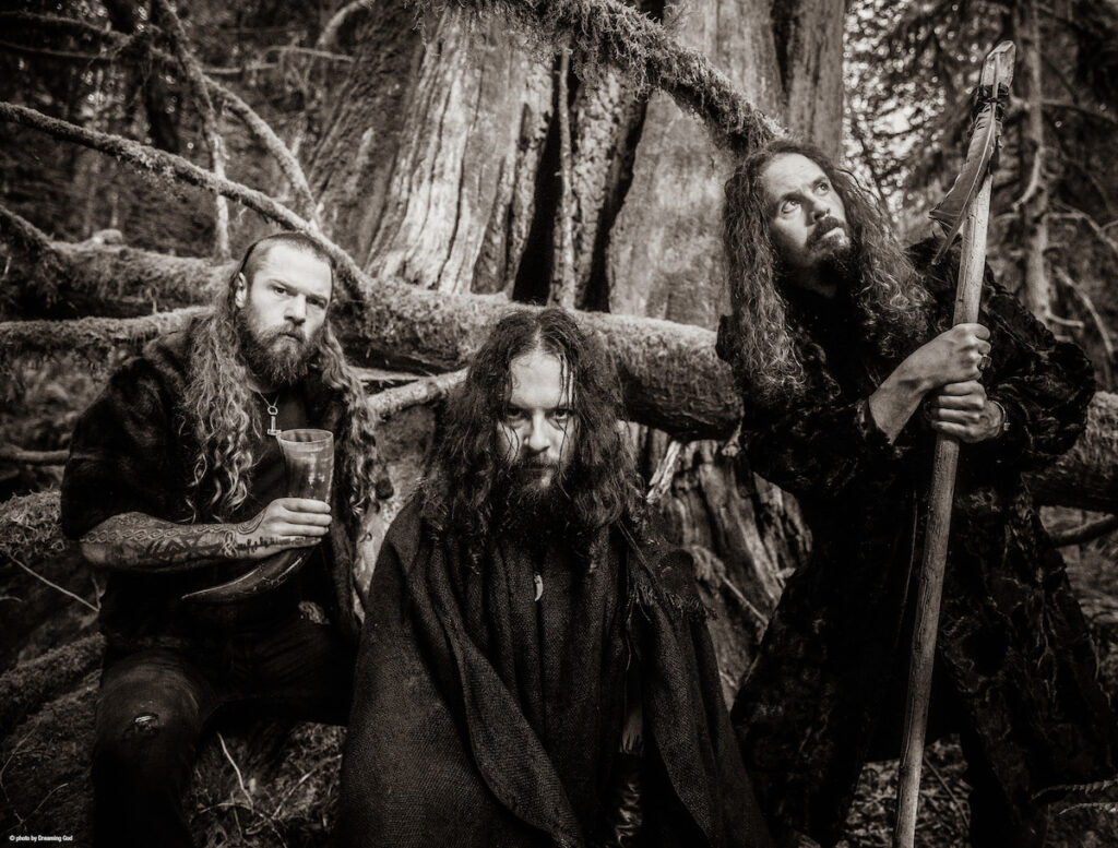 Wolves in the Throne Room presenta 'Mountain Magick' ▲ This Is METAL ▼ www.thisismetal.es