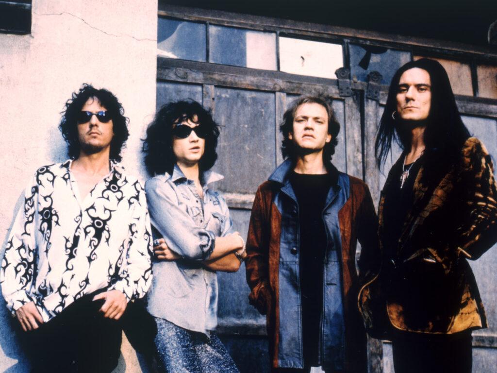 Heroes del Silencio La revista con la música que es importante en tu vida Classic Rock Hard Rock Heavy Metal Prog Rock Blues