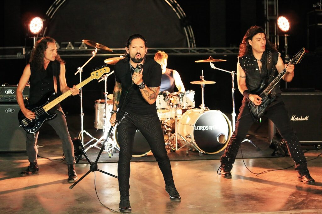 La revista con la música que es importante en tu vida Classic Rock Hard Rock Heavy Metal Prog Rock Blues Lords Of Black