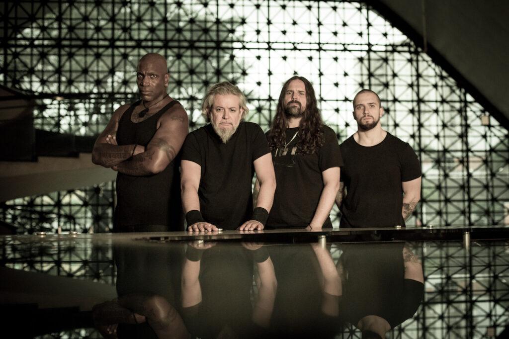La revista con la música que es importante en tu vida Classic Rock Hard Rock Heavy Metal Prog Rock Blues Sepultura